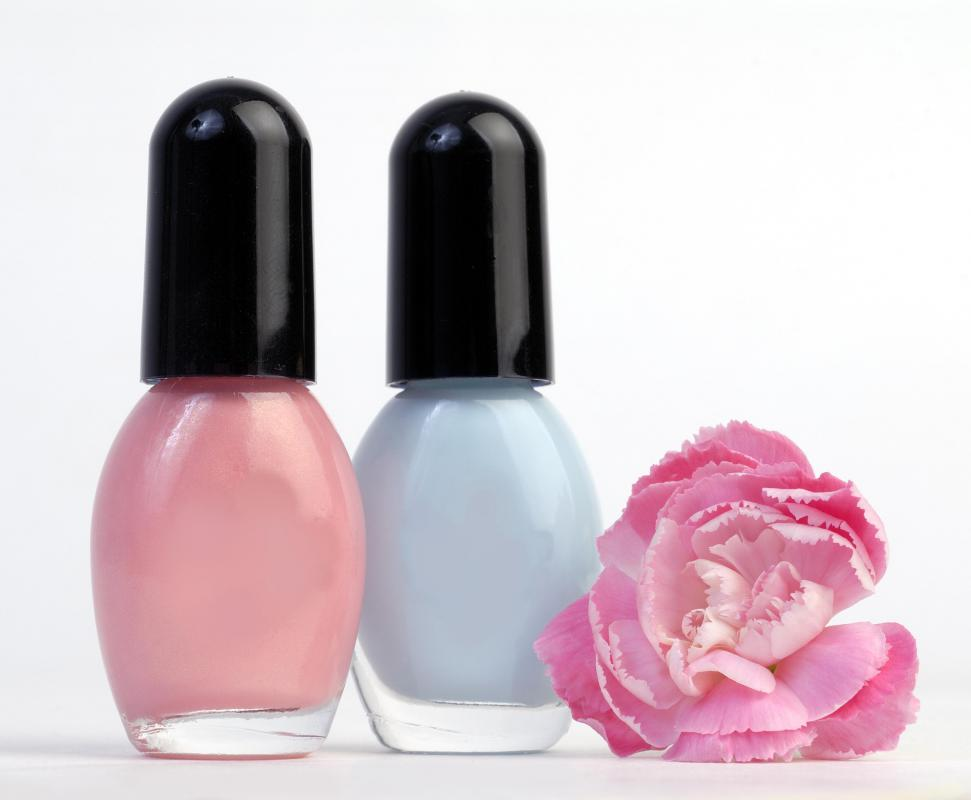 A cosmetic manufacturer produces nail polish.