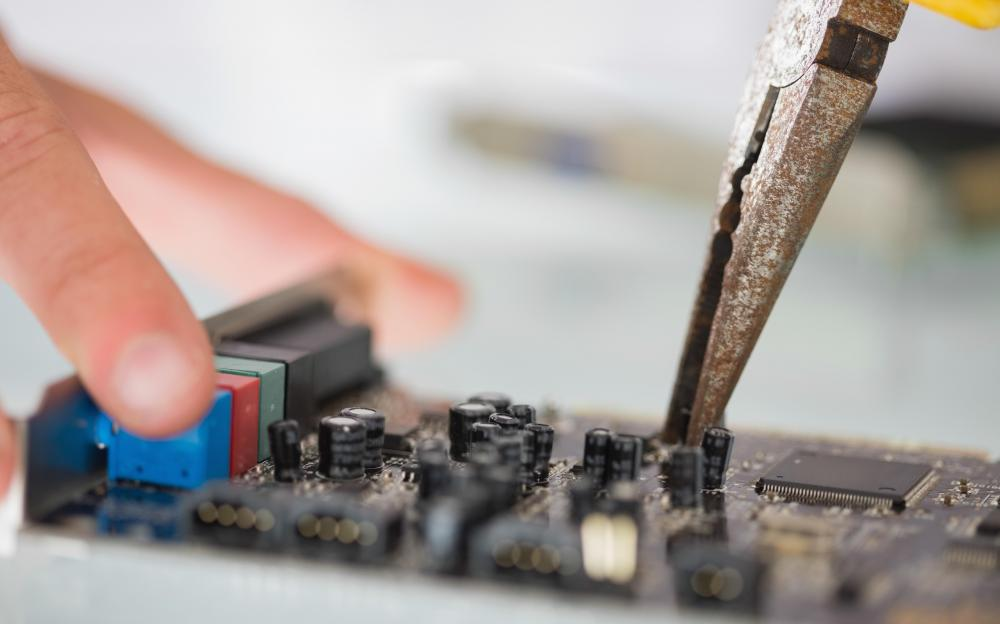 A computer technician typically needs to know how make minor repairs to units.